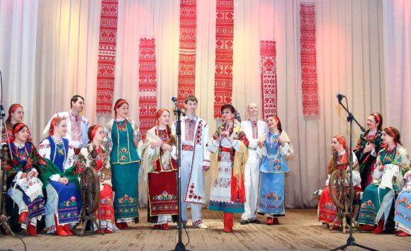 The folk group «Vesela Sloboda»