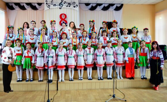 Ukrainian song choir «Veselka»
