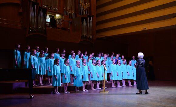 Children's choir «Skvorushka»